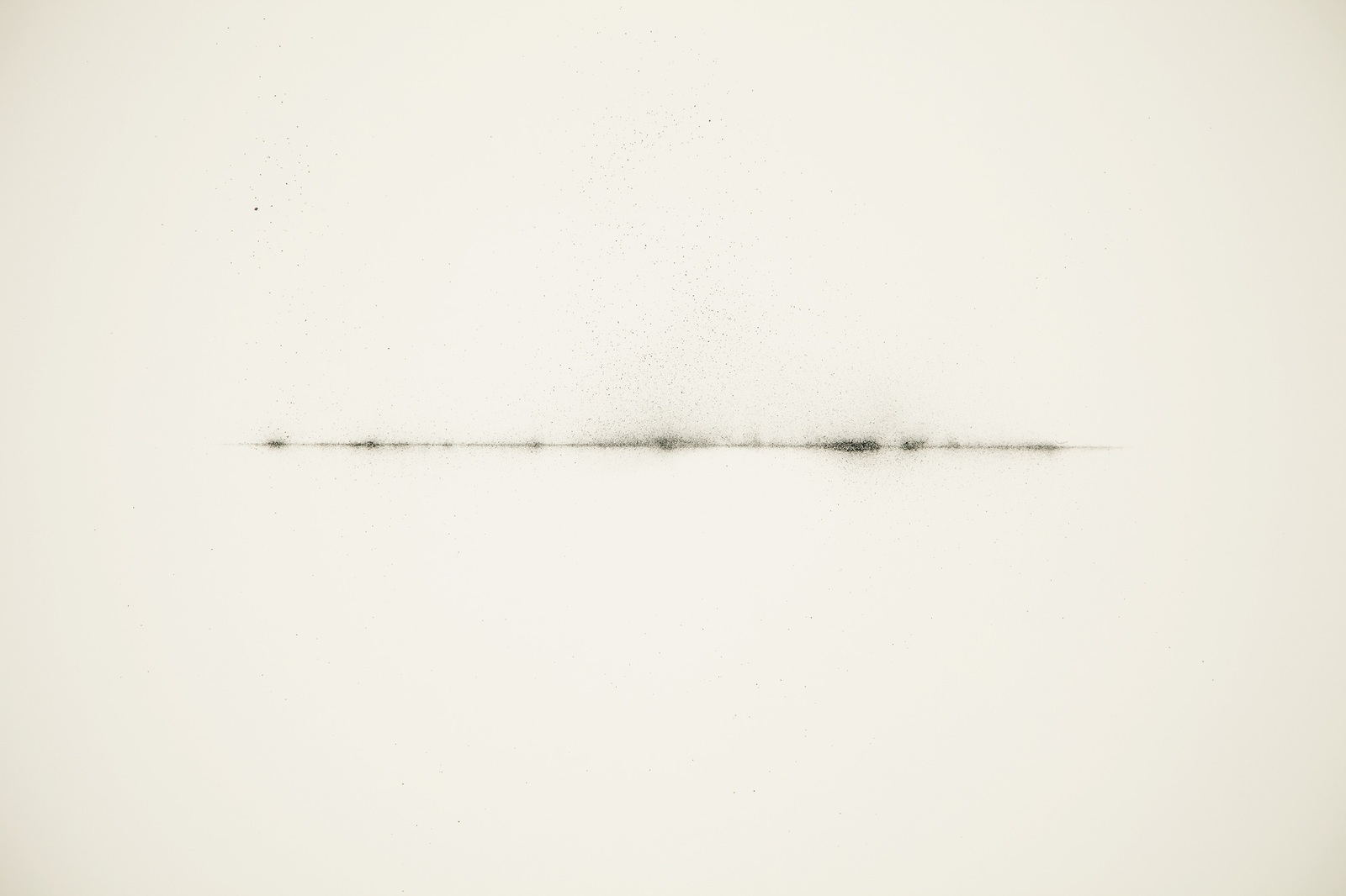 Variations for graphite-The obliquity of the solar rays in the vicinity of the pole-, 2011