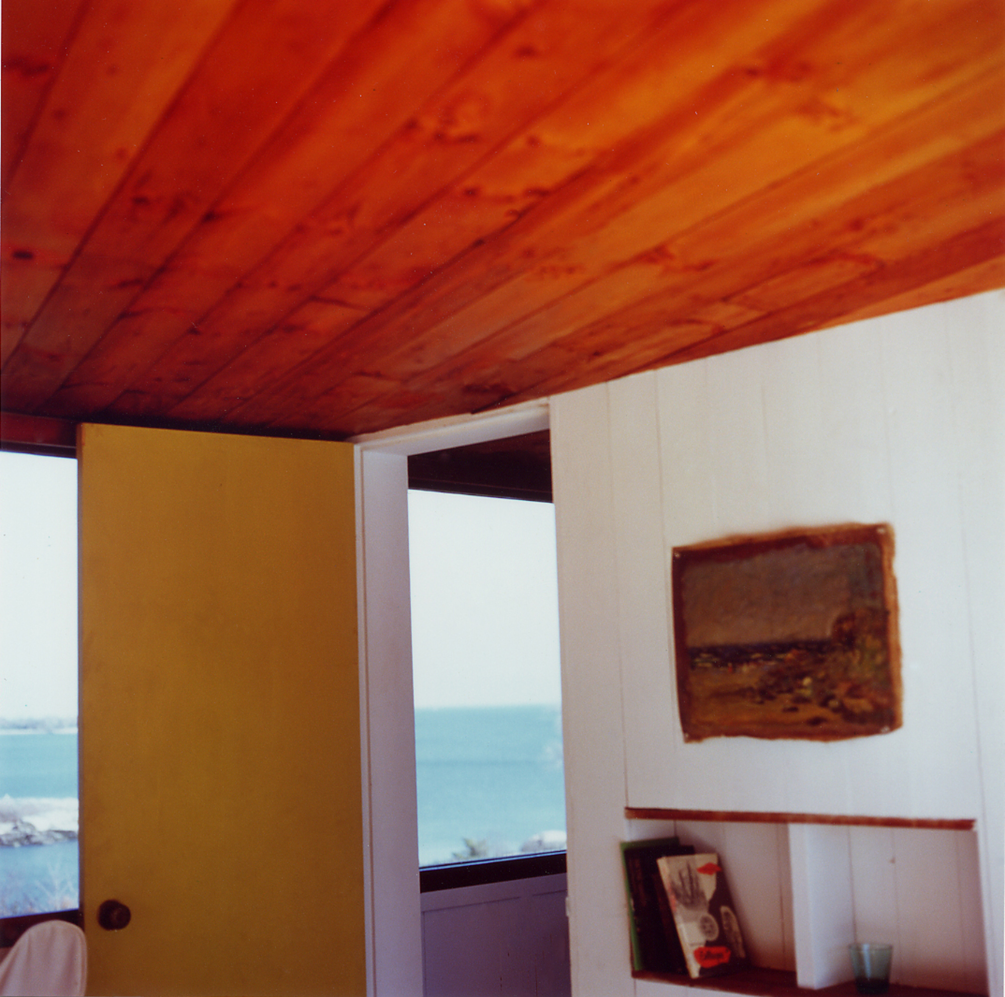 Guest House Left Room, 2003